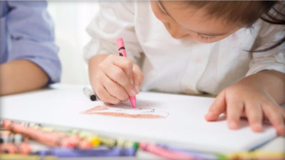 Is your child coloring with asbestos